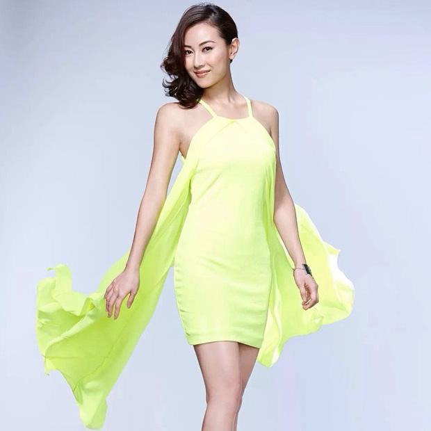 Nhan sắc nóng bỏng của Hoa hậu Hong Kong thẳng thừng từ chối lời mời tiền tỷ từ đại gia - Ảnh 4.