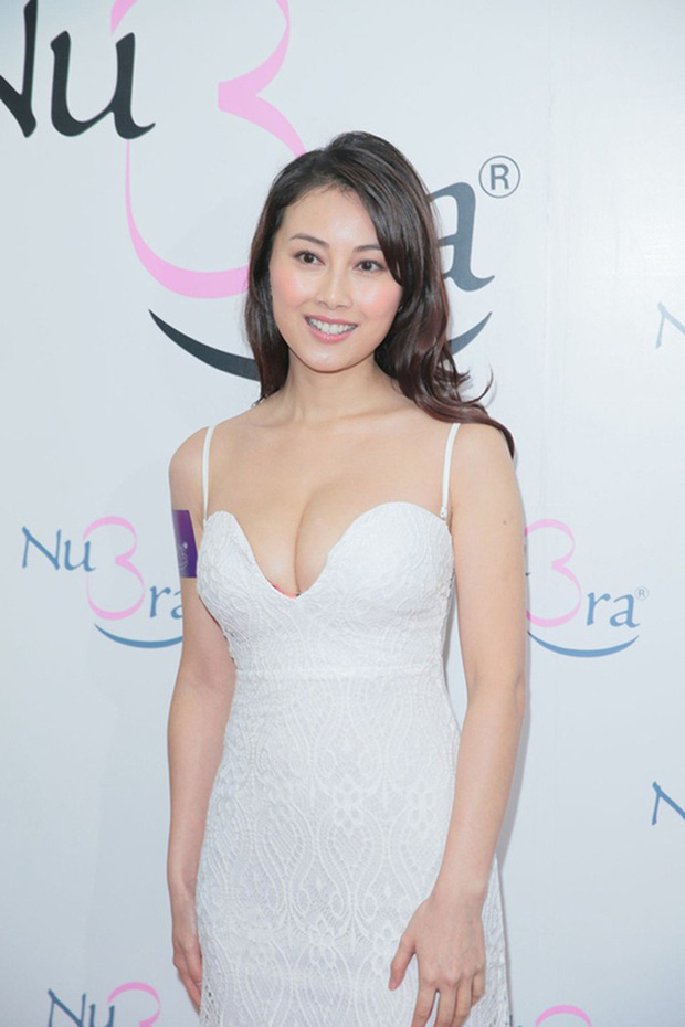 Nhan sắc nóng bỏng của Hoa hậu Hong Kong thẳng thừng từ chối lời mời tiền tỷ từ đại gia - Ảnh 8.